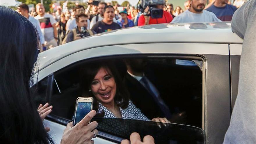 Elevan a juicio oral la causa contra Fernández por irregularidades del Banco Central