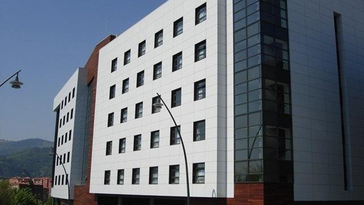 Vista exterior de Birjinetxe, centro de referencia en Bizkaia para casos de coronavirus en residencias