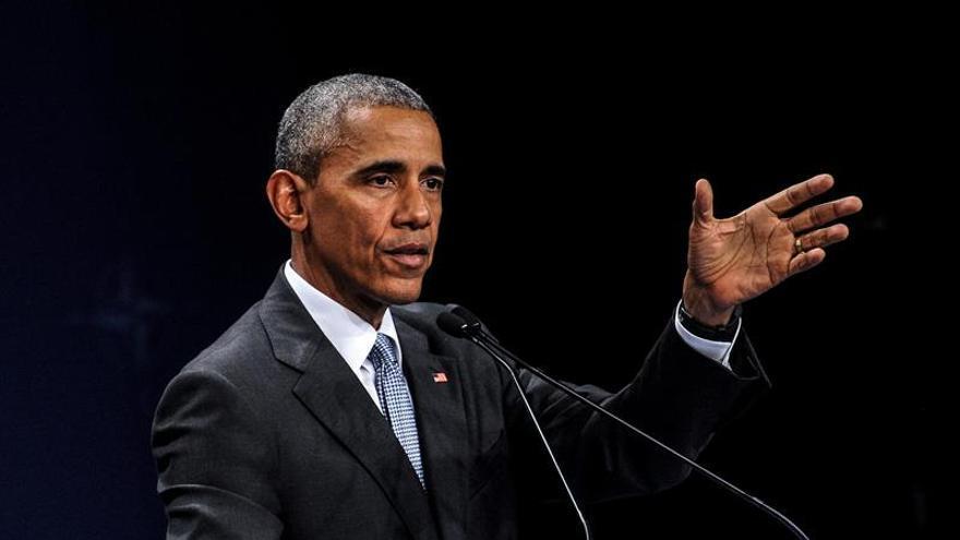 """Obama """"preocupado"""" por la gestión de los datos confidenciales en el Departamento de Estado"""
