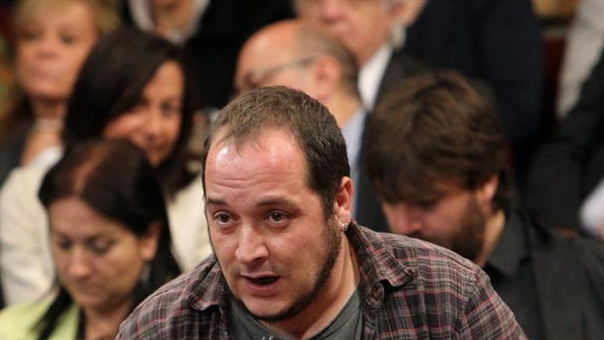 Podemos y la CUP piden una huelga general a favor del referéndum del 1-O