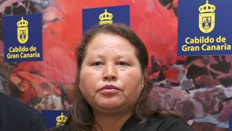 Fotografía tomada el 15/03/2016 de la portavoz del colectivo las Patronas de México, Norma Romero, durante la visita que realizó a Canarias.  (EFE/Elvira Urquijo A.)