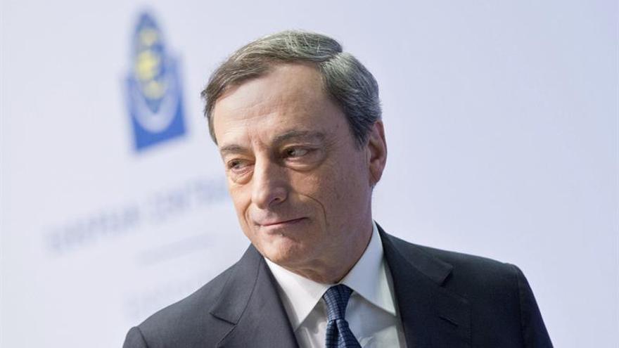 El BCE prolonga las compras de deuda seis meses hasta diciembre de 2017