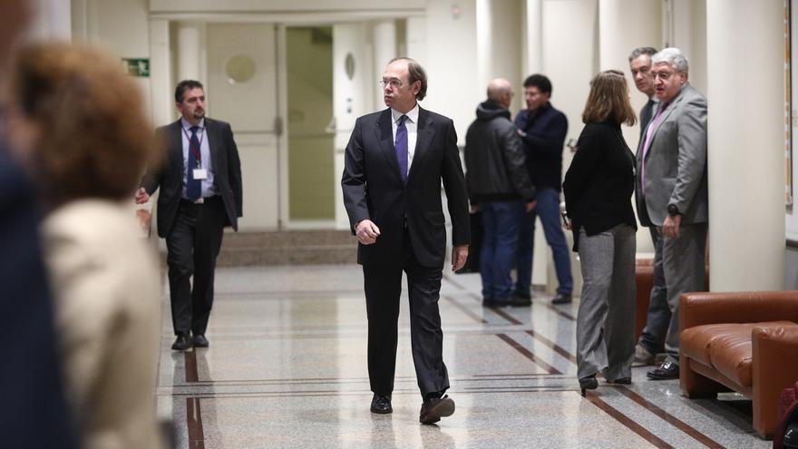 """El Senado denuncia a la Fiscalía a un alcalde salmantino por llamar a Pío García-Escudero """"mamporrero"""" de Compromís"""