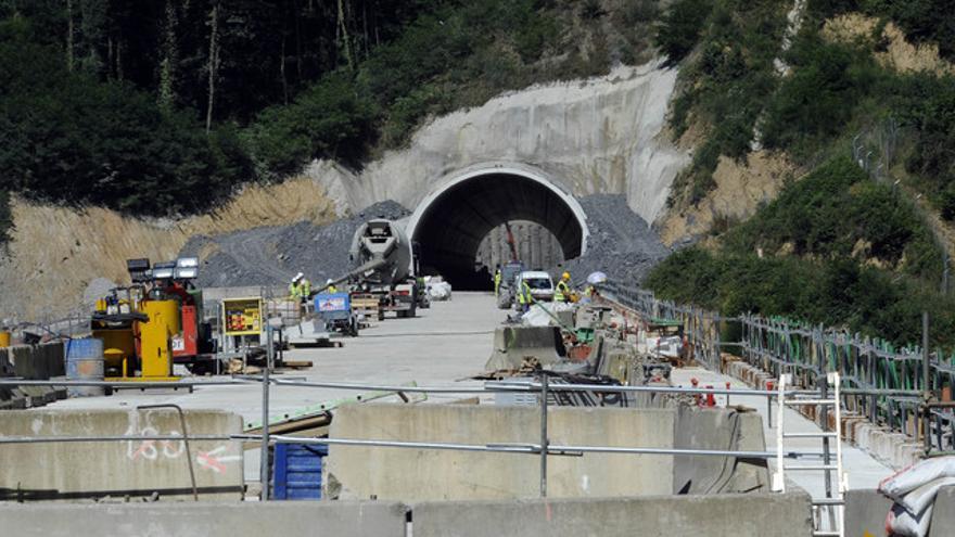 Obras de un túnel de la 'Y vasca' en el término municipal de Beasain