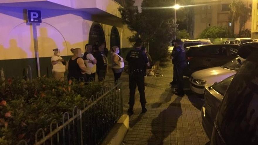 La Policía denuncia a 160 personas en Las Palmas de Gran Canaria por no llevar mascarilla