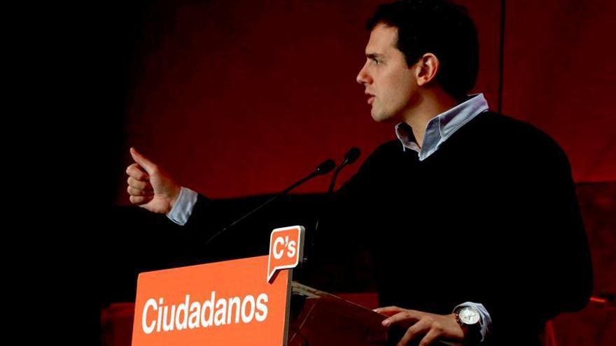 """Rivera garantiza que, si Ciudadanos es """"decisivo"""" tras 26-J, """"habrá Gobierno"""""""