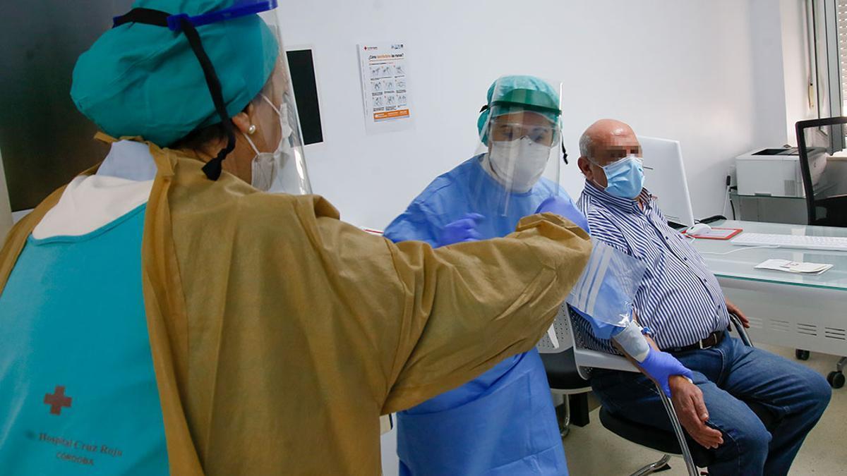 Pruebas de covid-19 en el Hospital Cruz Roja