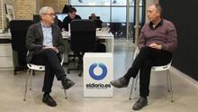 El director de l'edició valenciana d'eldiario.es, Adolf Beltran, entrevista el diputat de Compromís, Joan Baldoví.
