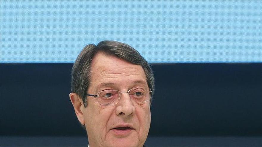 La CE, el BCE y el FMI piden a Chipre aumentar el ritmo de las reformas