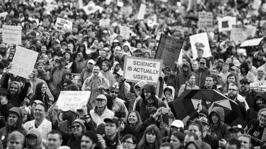 El primer Día de la Tierra estuvo marcado por manifestaciones que se han repetido desde entonces en todo el mundo
