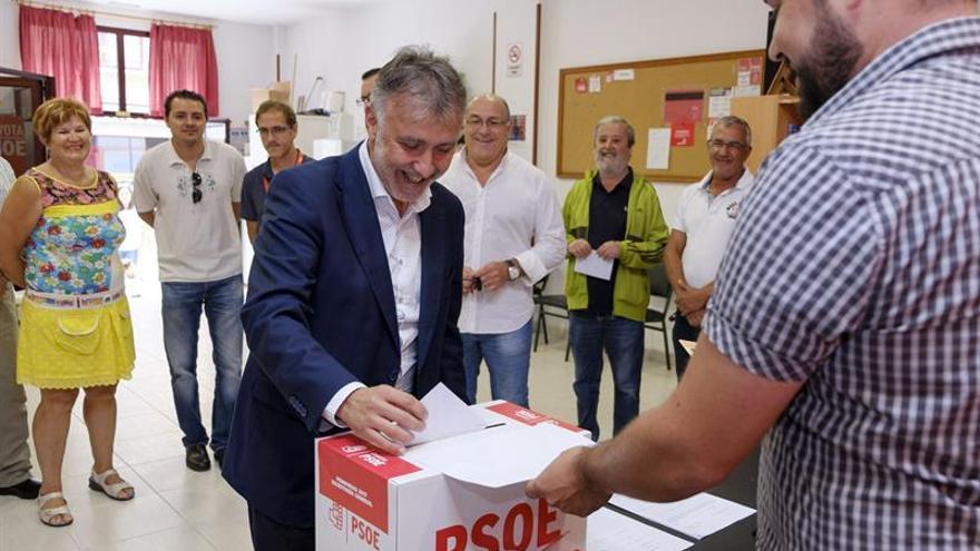 Ángel Víctor Torres, nuevo secretario general del PSOE en Canarias
