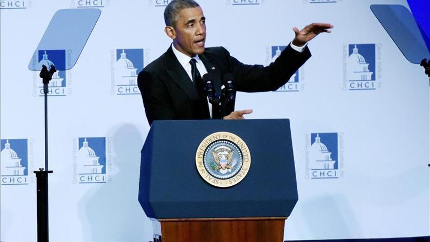 Obama vuelve a apelar al voto femenino a tres días de las legislativas
