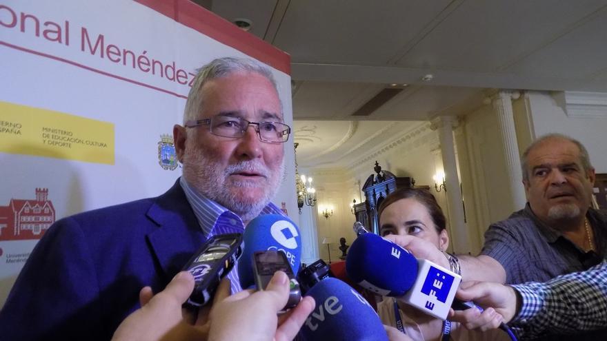 """Ruiz expresa su """"alegría"""" porque el Reina Sofía """"vaya adelante"""" y su """"tristeza"""" por estar """"excluido"""" del proyecto"""