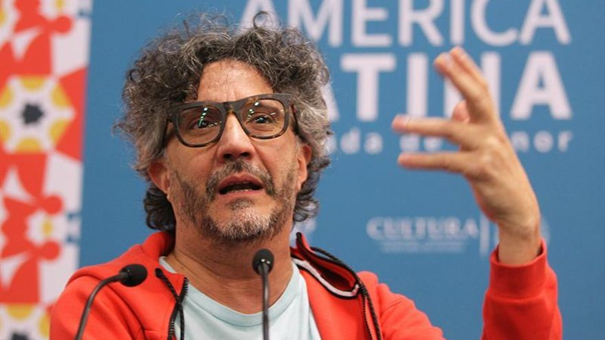 "Fito Páez celebra el Nobel a Dylan, un experto en ""irrumpir en mundos"" ajenos"