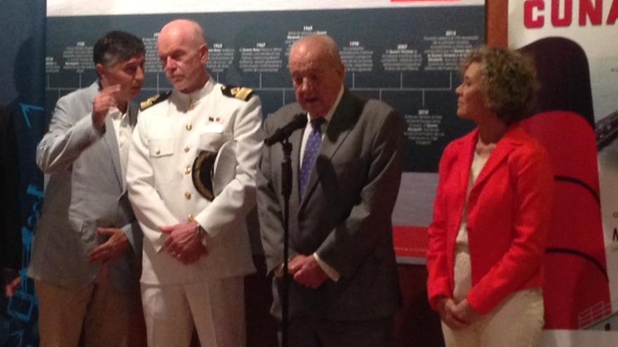 La candidata de CC al Parlamento de Canarias María del Mar Julios en la clausura de la exposición del 175 aniversario de la naviera Cunard