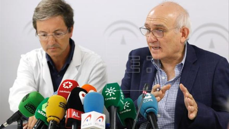 Portavoces de la Junta de Andalucía para el caso de la listeriosis. EFE. José Manuel Vidal