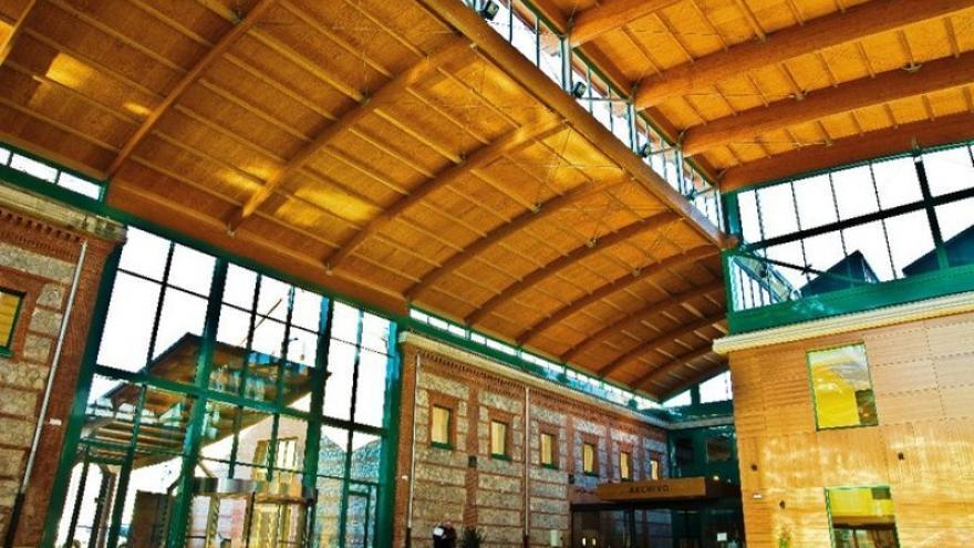 Interior de la Biblioteca Central de Cantabria en Santander.