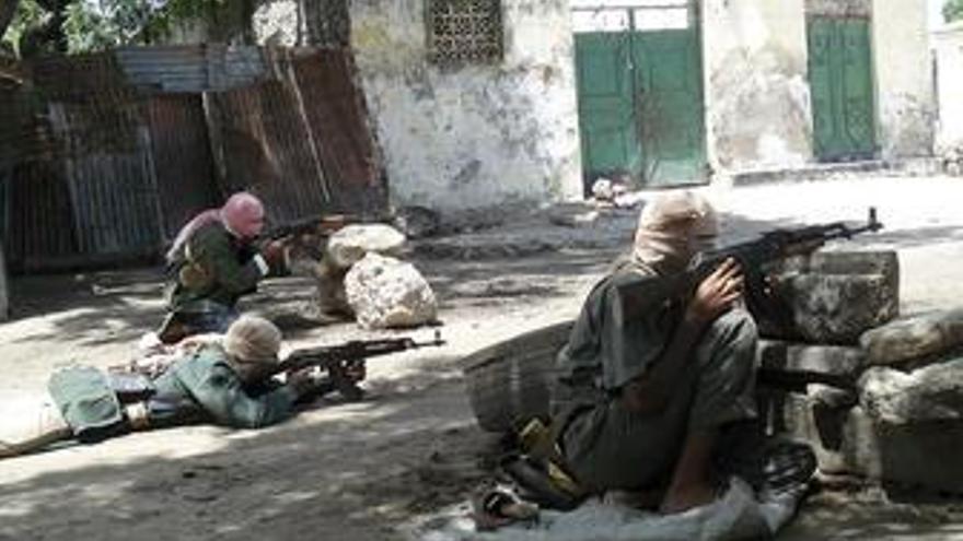 Las milicias capturan el punto estratégico de Jowhar y aseguran su asedio sobre