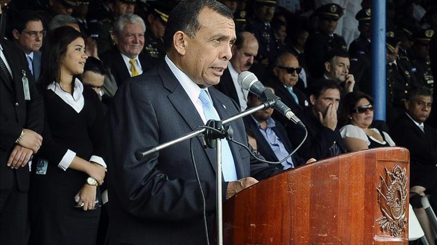 Lobo recibe a ejecutivos de empresa china interesados en invertir en Honduras