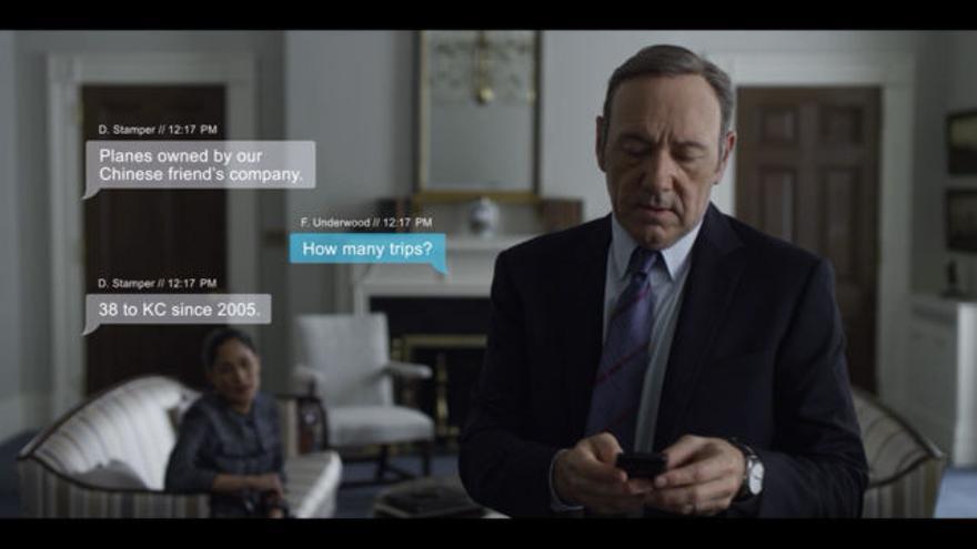 En House of Cards, el equipo de McReynolds creó los mensajes de chat que aparecen durante la escena
