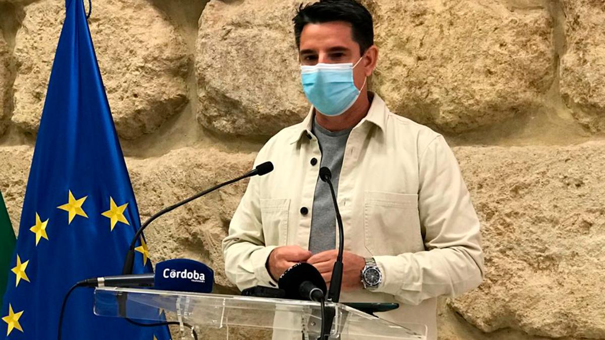 El portavoz de IU en el Ayuntamiento, Pedro García.