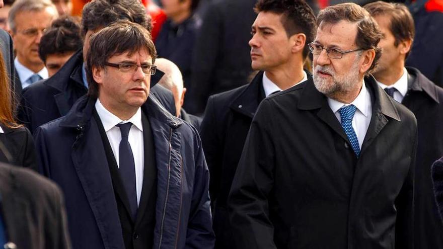 El PP recomienda un editorial de El País para contraprogramar la entrevista de Évole a Puigdemont