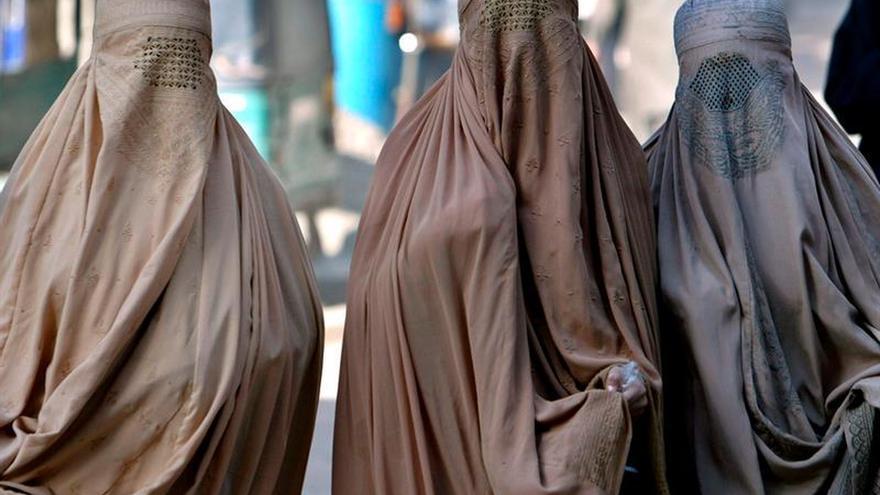 Organizaciones recurren la ley que prohíbe el uso de velos islámicos en Quebec