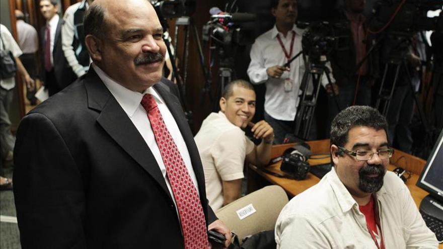 Ministro admite la dificultad para cumplir la meta de inflación en Venezuela