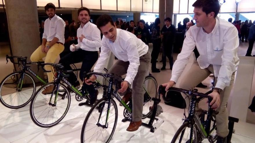 Los cuatro jóvenes que forman Racormance sin parar de pedalear. / Foto: Racormance
