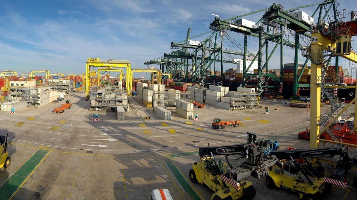 Una imagen del puerto de València.