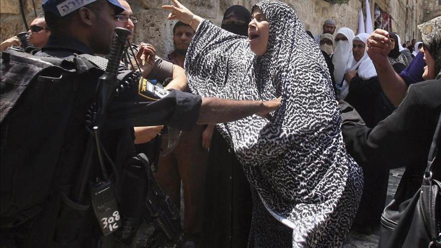 Diez palestinos detenidos por disturbios en protesta por una marcha en Jerusalén