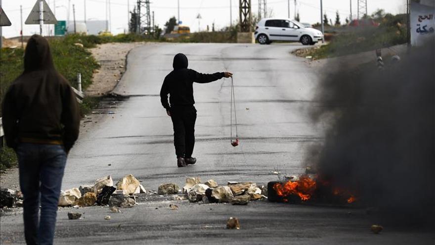 El Parlamento israelí endurece la legislación contra los  lanzadores de piedras