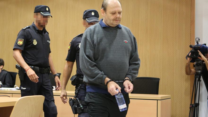 Antonio Ojeda, conocido como Juan 'El Rubio', en el juzgado
