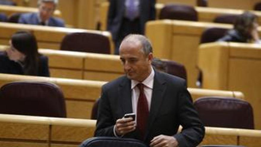 Sebastian En El Senado