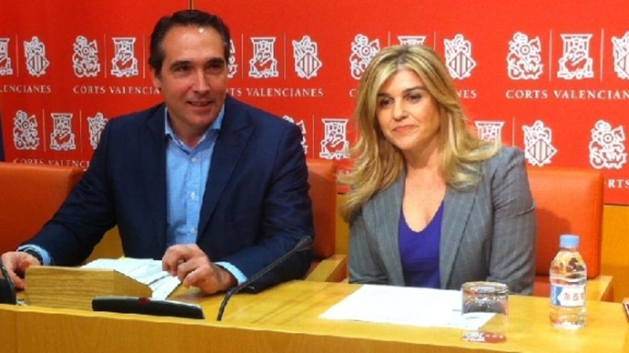 Rubén Ibáñez y Eva Ortiz, durante la rueda de prensa