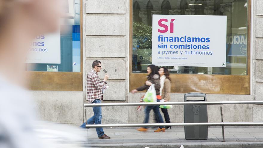Una oficina bancaria en Madrid FOTO: ANDREA BOSCH