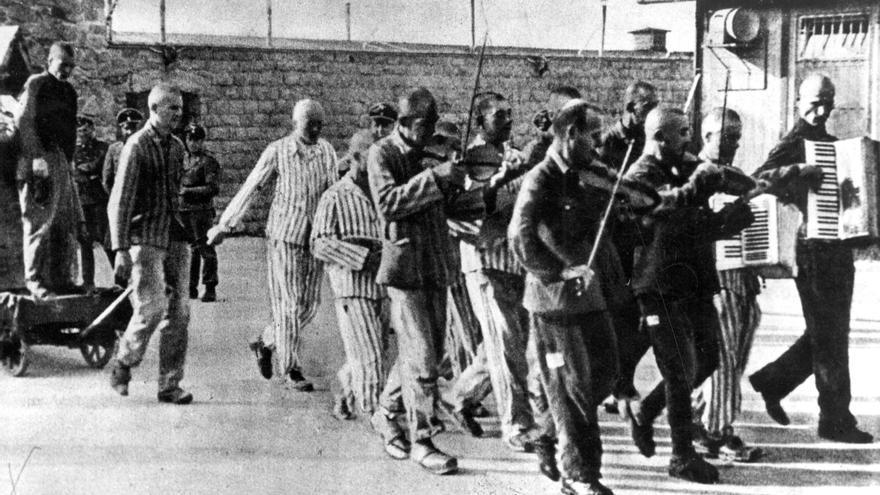 Imagen de presos del campo de concentración de Mauthausen, en la actual Austria