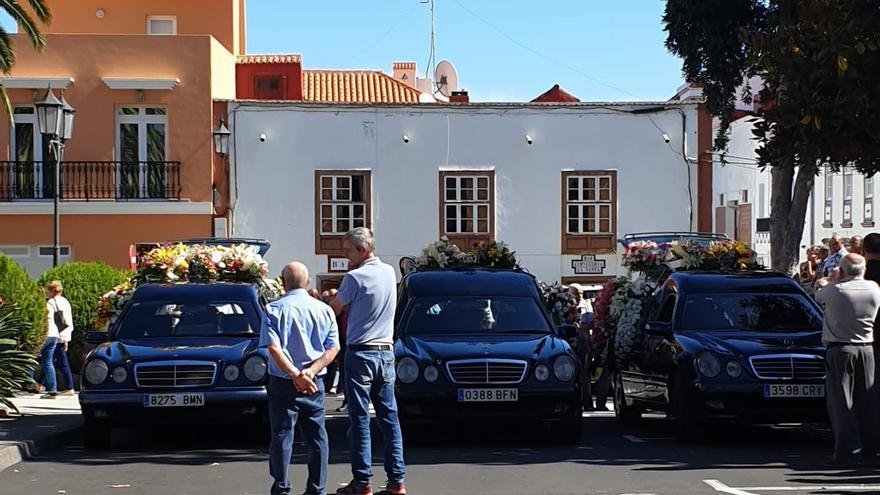 Despedida de los tres vecinos fallecidos en San Andrés y Sauces.
