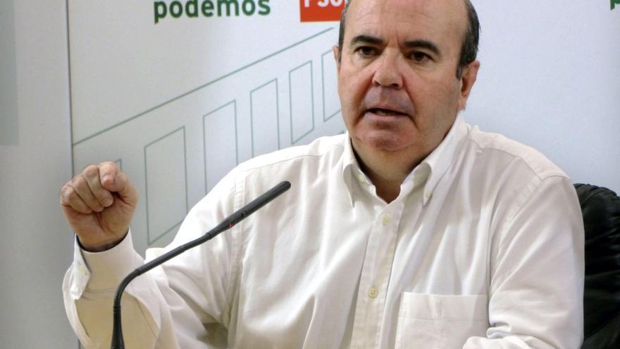 Zarrías dice que los Presupuestos condenan a los ciudadanos a un año más de sufrimientos inútiles