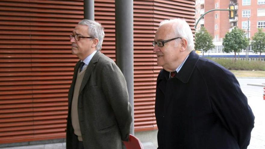 La G.Civil y la Agencia Tributaria registran el centro médico de Reus por el caso Innova