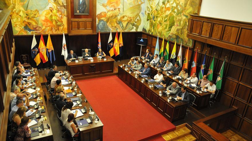 Reunión de Antonio Morales con los 21 alcaldes de Gran Canaria (ACFI PRESS)