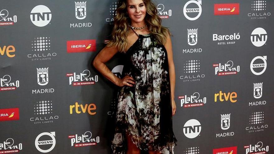 La actriz mexicana Kate del Castillo se desnuda en defensa de los animales