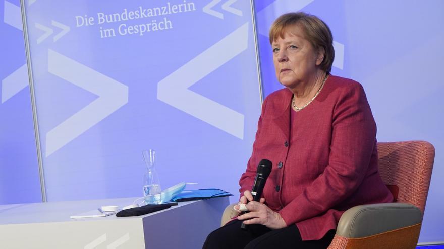 Merkel apela a la comunidad internacional en el 75 aniversario de las ayudas CARE