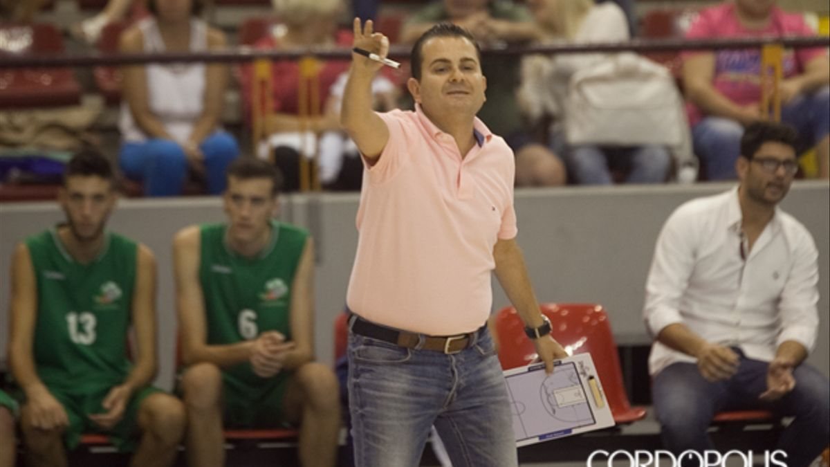 El técnico cordobés Rafa Sanz
