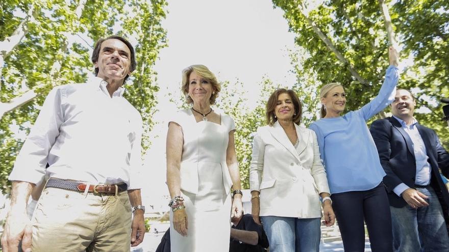 """Aguirre defiende valores del PP que trajo Aznar, el """"referente moral"""", y por los que volvió a la primera fila"""