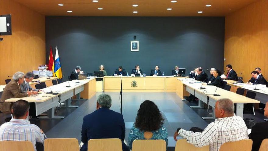 Los acusados, en una nueva sesión del juicio por el caso Grupo Europa