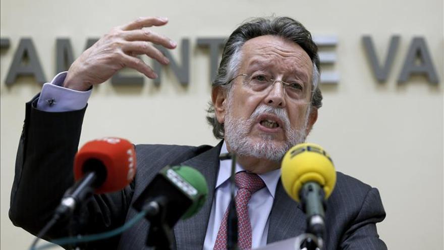 El exvicealcalde de Valencia, Alfonso Grau, en una rueda de prensa.