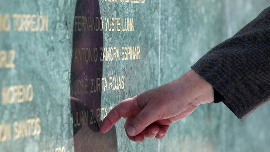 Un experto cuestiona la falta de memoriales en España sobre el Franquismo