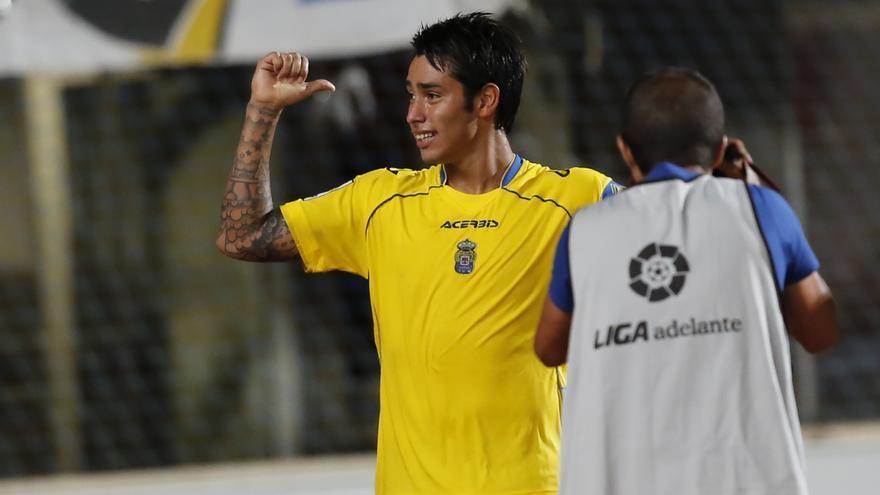 Sergio Araujo celebra un tanto en el partido ante el Alcorcón. Carlos Díaz Recio / www.udlaspalmas.es
