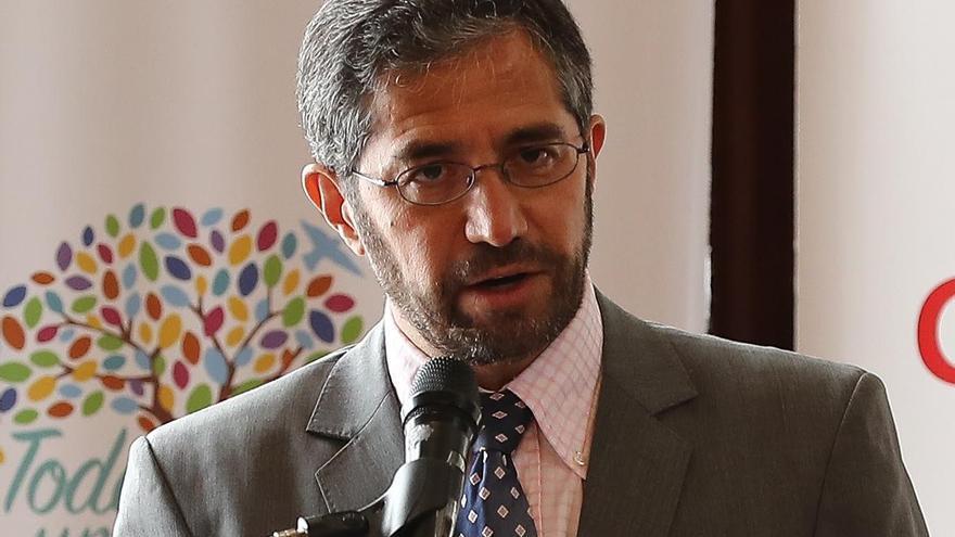 "El canciller de Ecuador augura un ""mundo de encuentro"" e incluyente"